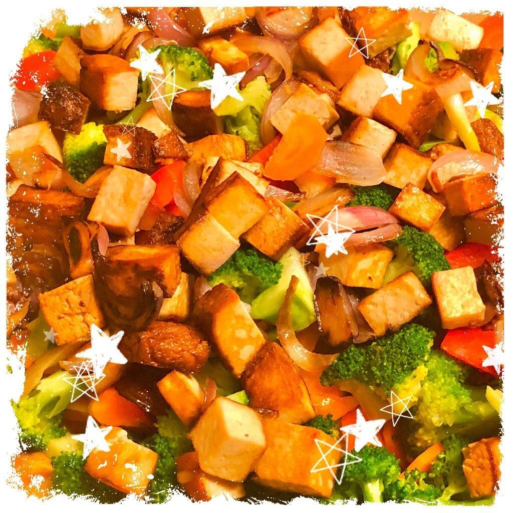 Gemüsepfanne mit Räuchertofu Rezept