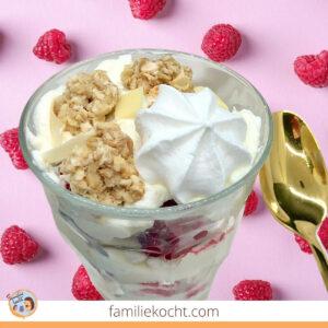 Himbeertraum Baiser Dessert