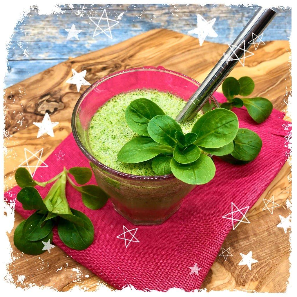 Grüner Smoothie mit Feldsalat, Haferdrink und Gerstengras Rezept
