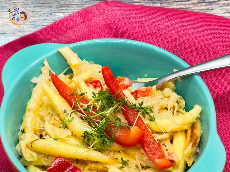 Schlupfnudeln mit Sauerkraut Pfanne