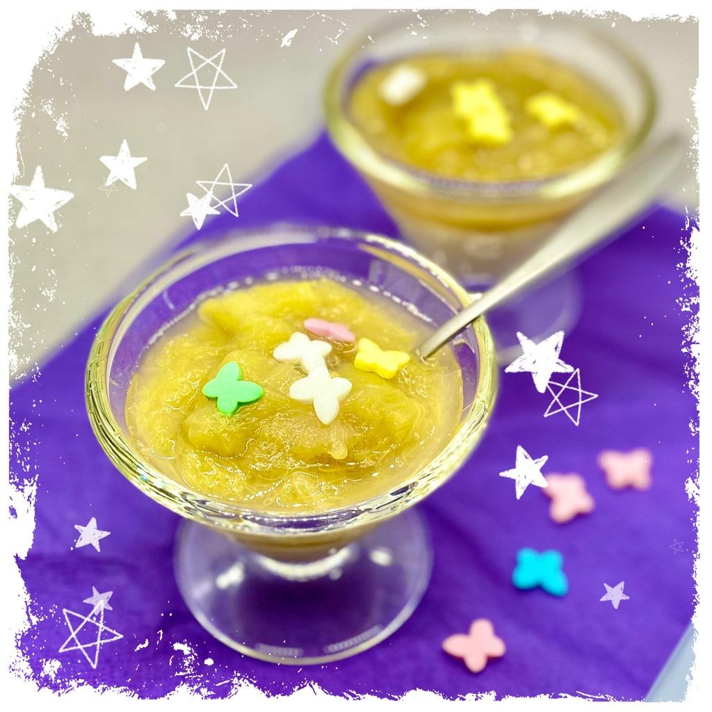 Rhabarberkompott auf Vanillesahne Rezept