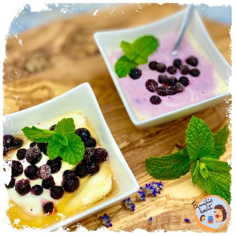 Heidelbeerjoghurt mit Minze ♥ aus Naturjoghurt mit Ahornsirup