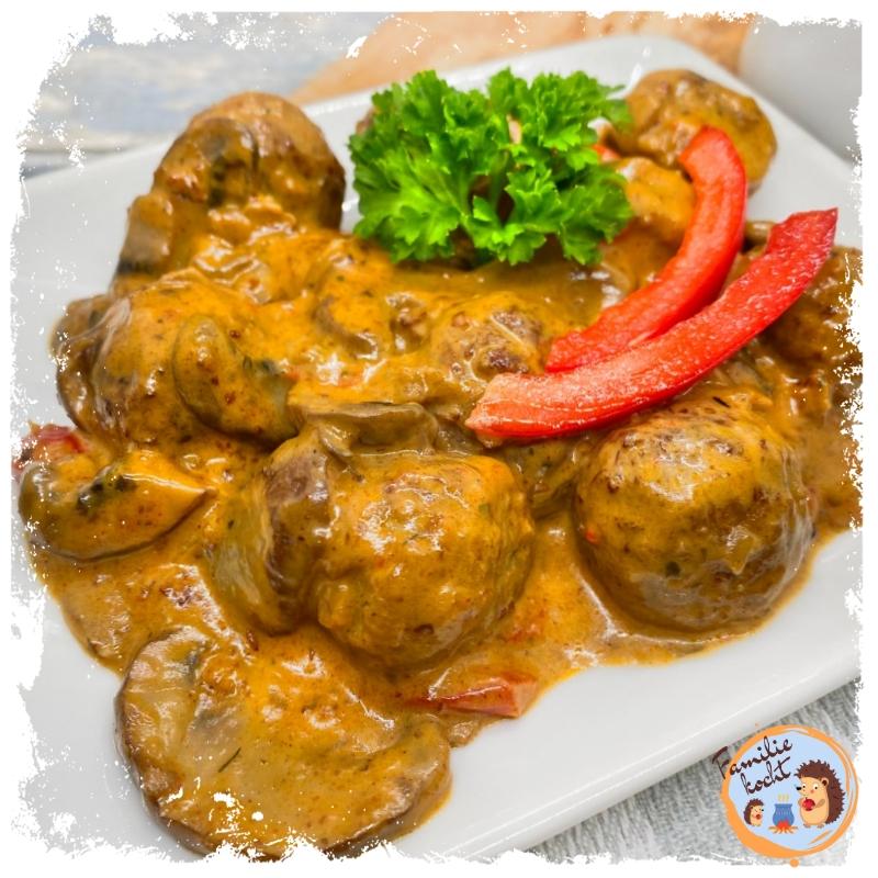 Veggie Bällchen in Champignon Rahmsauce ♥ vegetarische Köttbullar
