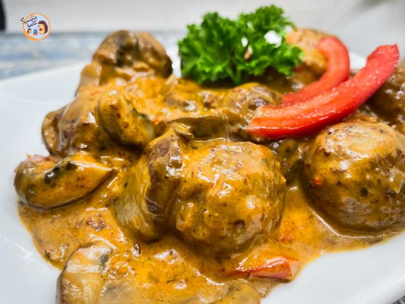 Vegetarische Köttbullar mit Piilz Rahmsoße