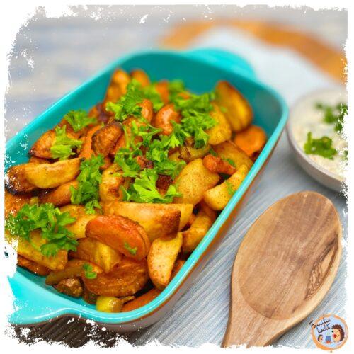 Ofengemüse mit Kräuterquark - vegetarisch & schnell (Rezept)