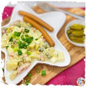 Kartoffelsalat mit Creme Fraiche Veggie Würstchen