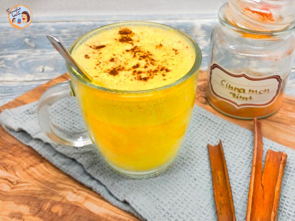 Kurkuma Latte Goldene Milch Drink