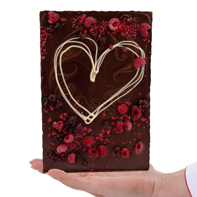 Valentinstag Schokolade XXL Tafel 520g Edel Zartbitter-Schokolade - verziert mit Himbeeren und Brombeeren - Deutsche Handarbeit ideal als Geschenk