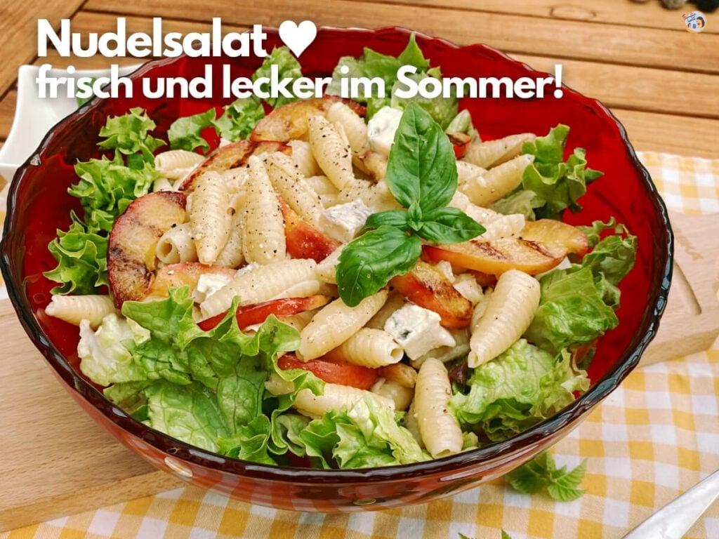 Nudelsalat im Sommer