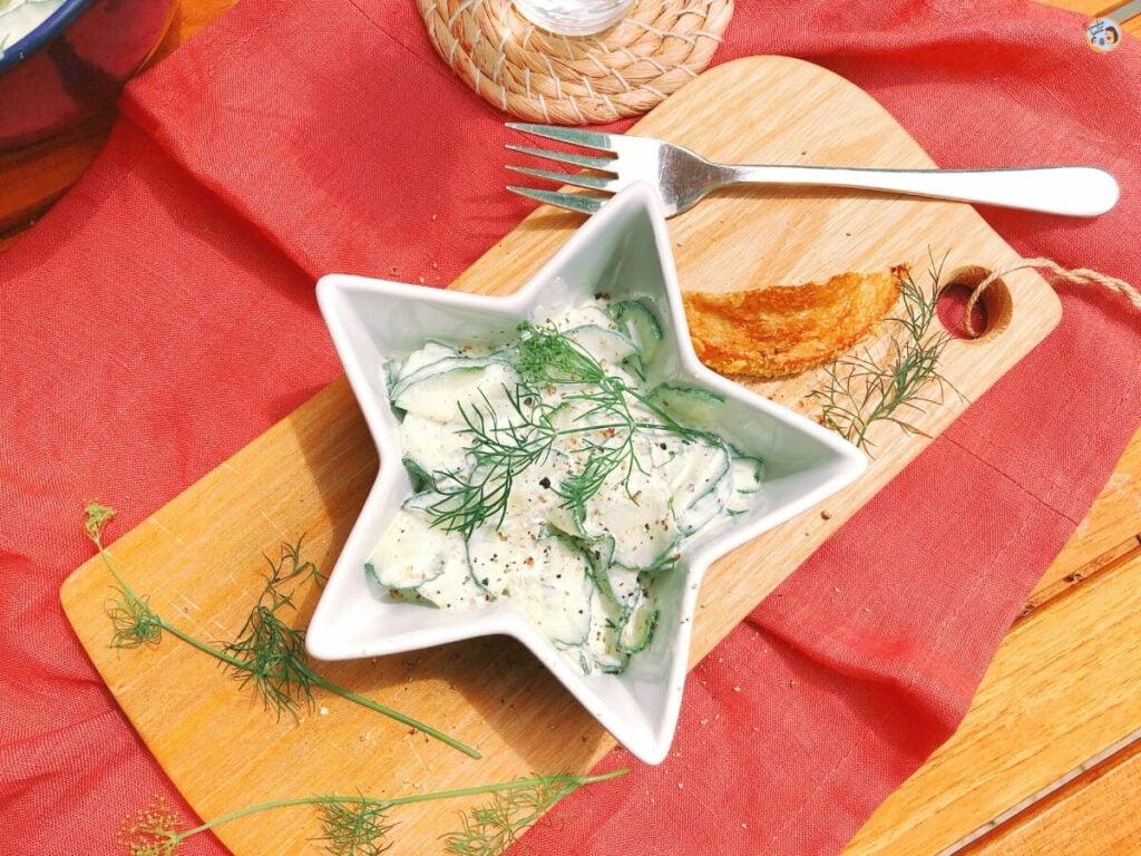 Gurkensalat mit Saurer Sahne