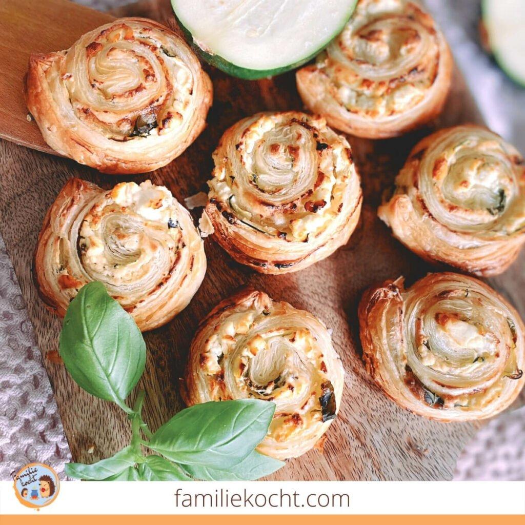 Blätterteig Schnecken mit Feta und Zucchini 1