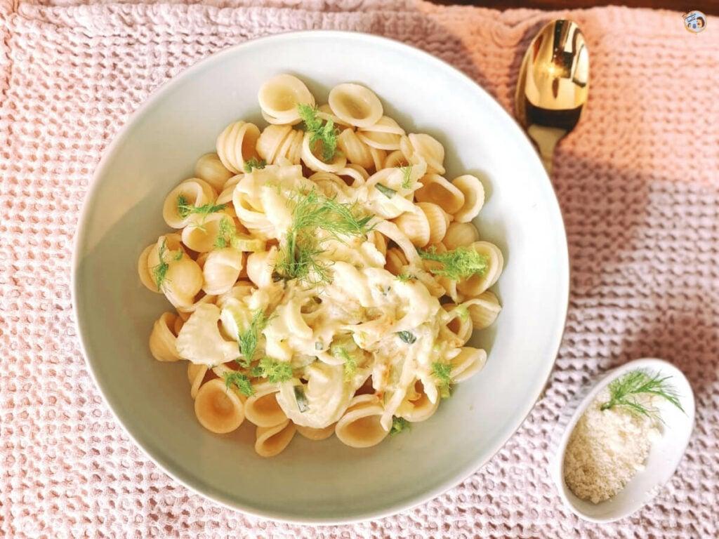 Fenchelpasta mit Parmesan Soße