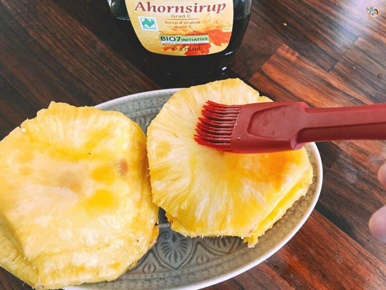 Gegrillte Ananas mit Ahornsirup